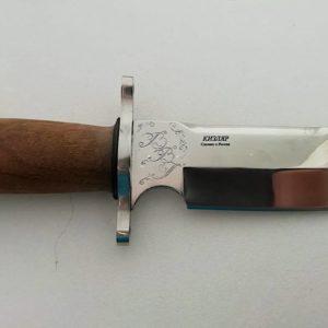 Ручная гравировка ножа (глянцевая полировка)